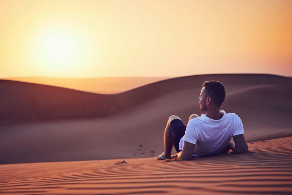 Couché-soleil-desert